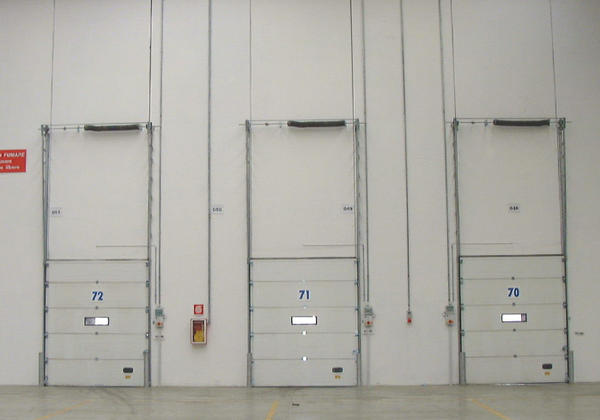 sectional balanced doors for industries