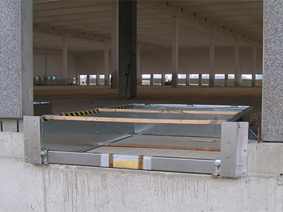 Prefabricated pits and loaging docks