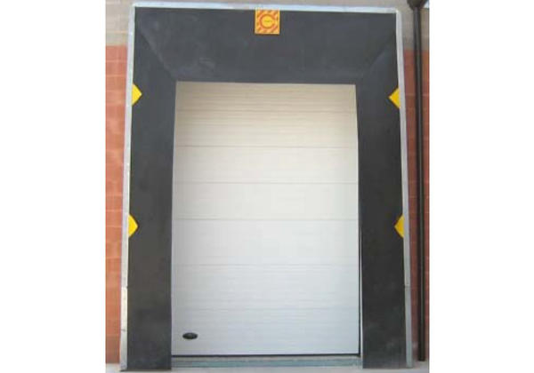 retractable dock shelters